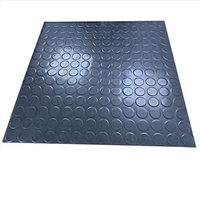 Rubber matting with circular studding